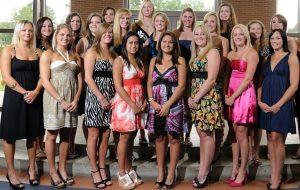 Er zijn heel veel meiden bij wie een verdiend pak op de billen heel goed zou werken.