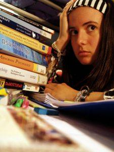 Bij literatuuronderzoek moet je snel en goed selecteren, anders verzuip je in de hoeveelheid.