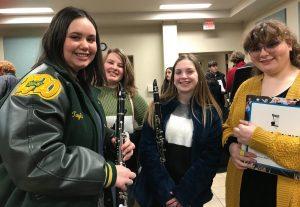 Ook bij buitenschoolse activiteiten moeten studenten op de Harleton High School die aan sport doen straf op hun billen accepteren als ze regels overtreden.